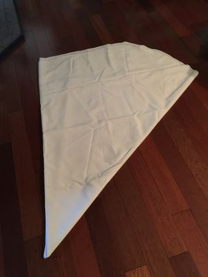 round tablecloths for Sale in Federal Way, WA