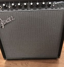 Fender Amp Champion 40 for Sale in St. Petersburg,  FL