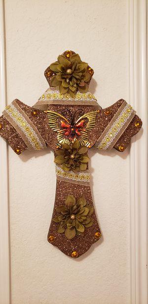 Beautiful cross for decor for Sale in San Antonio, TX