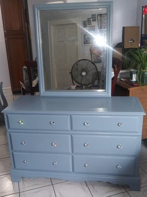 Beautiful Solid Wood just refinished bedroom set $300.00... Dresser. mirror, and 2 night tables. Just refinished with new glass hardware. Se for Sale in Miami, FL