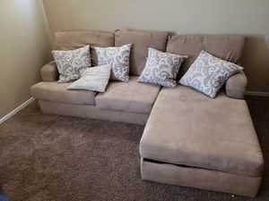 Tan Sectional w/matching oversized chair and ottoman for Sale in Phoenix, AZ