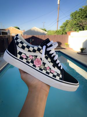 Brand New Checkered Vans Size 10 for Sale in Los Angeles, CA