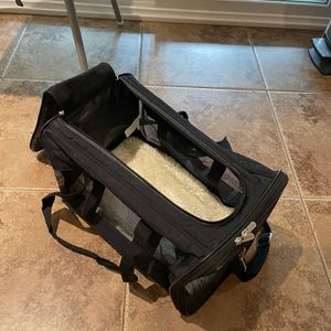 Dog Carrier with Sherpa Blanket Bottom for Sale in Poway, CA