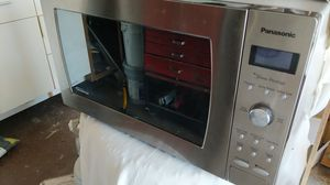 Large Panasonic Prestige microwave for Sale in Gaithersburg, MD