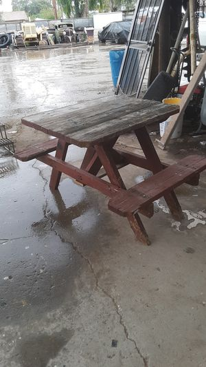 Simple DIY PROJECT SMALL WOOD OUTDOOR STURDY PICNIC TABLE WITH BENCHES ATTACHED for Sale in Yuma, AZ
