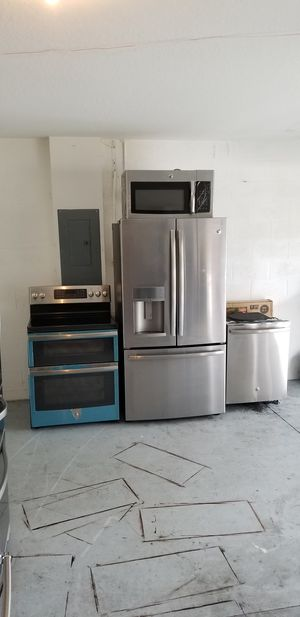 Ge appliance set for Sale in Tampa, FL
