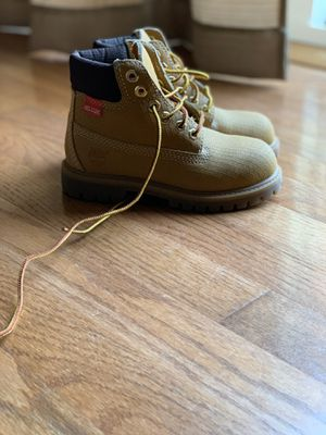 Timberland Helcor Boots Youth Size 10 for Sale in San Leandro, CA