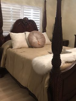 QUEEN BEDROOM SET MARBLE TOPS for Sale in Baldwin Park,  CA