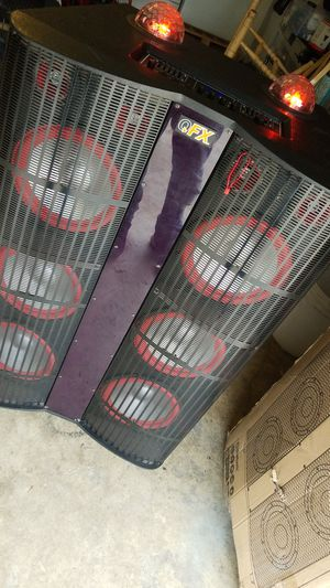 "Home > Pro Audio Speakers > PA Speakers > 6 X 10"" SPEAKERS WITH BUILT-IN AMPLIFIER Model: SBX-410602 for Sale in Riverside, CA"