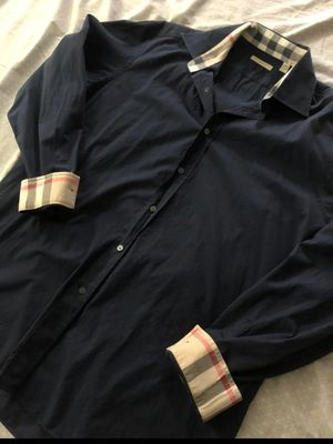 Preowned Burberry navy button down for Sale in San Bernardino, CA