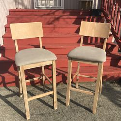 Set Of 2 Barstools for Sale in Tacoma,  WA