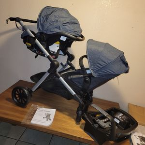 Evenflo Pivot Xpand Modular Travel System for Sale in Huntington Park, CA