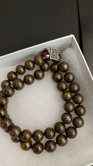 BROWN PEARL DOUBLE STRAND SILVER BRACELET for Sale in Leesburg, VA