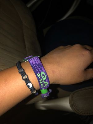 Hard summer wristbands last day today for Sale in Lake Elsinore, CA