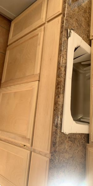 Kitchen cabinet countertop & sink for Sale in Los Angeles, CA