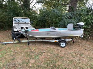 12 foot V haul Johnson boat for Sale in Virginia Beach, VA