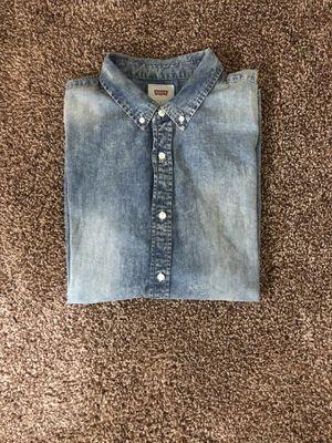Levi's Denim shirt size L for Sale in Hyattsville, MD