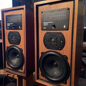 Rare B&W DM5 Bookshelf Speakers for Sale in Azusa, CA