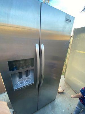 Kitchen Aid $600 for Sale in Rialto, CA