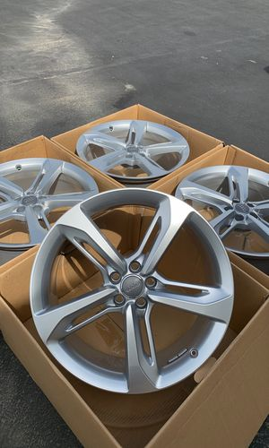 "21"" brand new set factory oem Audi 21 inch made in Germany RS7 RS8 A7 A8 9x21 et e35 for Sale in March Air Reserve Base, CA"