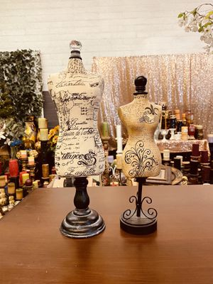 """Two table mannequin decor vintage $25 both """"NO HOLDING """" for Sale in Glendale, AZ"""