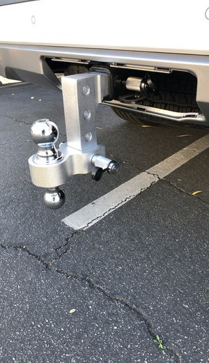 """Aluminum Dual Ball 6"""" Drop/Rise Adjustable Trailer Tow Hitch 2"""" Receiver 2-5/16"""" ball and 2"""" ball with two locks for Sale in Hacienda Heights, CA"""