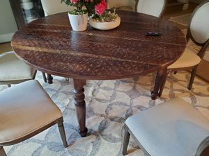 """Dining Table (solid), 60"""" Rosewood for Sale in Austin, TX"""