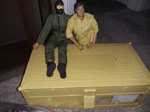 """2000 12"""" 21st Century Toys Figures with Footlocker for Sale in Aurora, CO"""