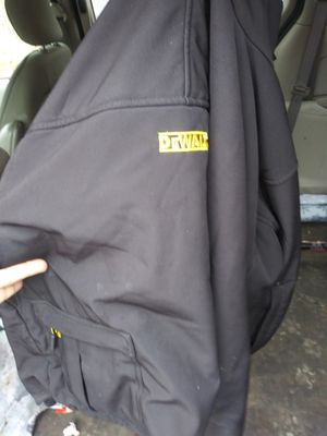 Dewalt heat coat with charger and i phone charger for Sale in Peoria, IL