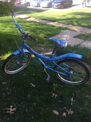"20"" girls bike need repair for Sale in Germantown, MD"
