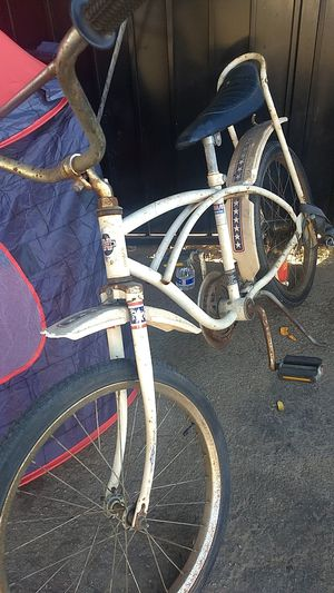 Original Huffy thunder star boy bike for Sale in Pomona, CA