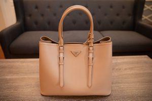 Prada Light Pink Fucco Saffiano Tote Bag for Sale in Poway, CA