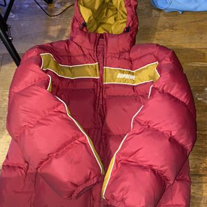 Supreme Puffer Jacket for Sale in Gaithersburg, MD
