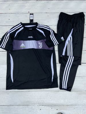 Brand new size large Juventus jumpsuit outfit tracksuit 2020 for Sale in Tucker, GA