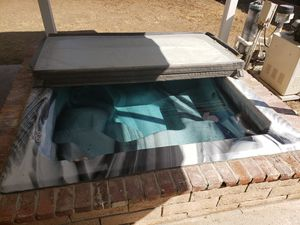 **Free** Hot tub and equipment for Sale in Riverside, CA