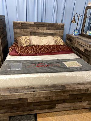 QUEEN BEDROOM SET for Sale in Bensalem, PA
