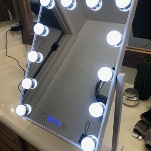 Vanity Mirror for Sale in Gilbert, AZ