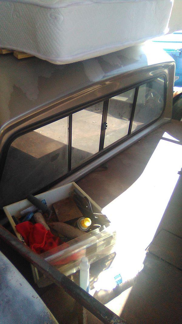 Truck GMC camper
