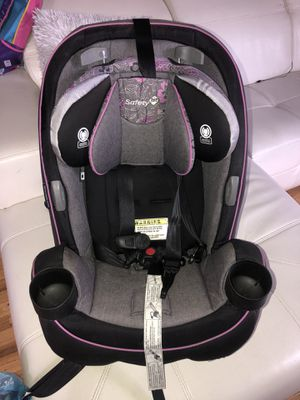 Car seat (safety 1st brand ) for Sale in New York, NY