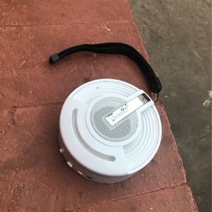 I Sound Speaker Bluetooth Comes With Charger Aux Cord Just Bought It For More But Only Used It Once for Sale in Phoenix, AZ