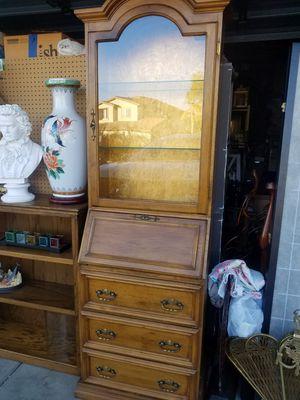 Curio desk for Sale in Wildomar, CA
