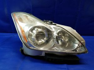 2008 - 2010 INFINITI G37 COUPE RIGHT PASSENGER SIDE XENON HEADLIGHT HEADLAMP for Sale in Fort Lauderdale, FL
