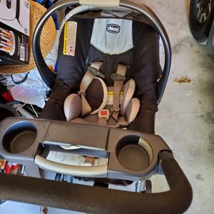 Car Seat & Stroller In 1 for Sale in Leander, TX