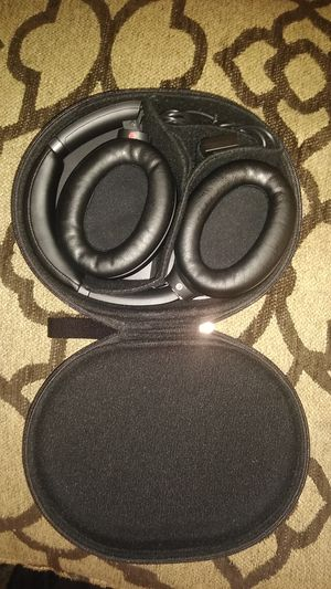 Sony WH1000XM3/B headphones for Sale in Washington, PA
