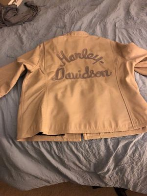 Never been worn brand new for Sale in Deptford Township, NJ