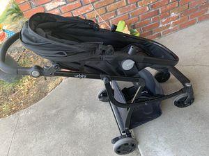 Urbini stroller/infant car seat. for Sale in Fresno, CA