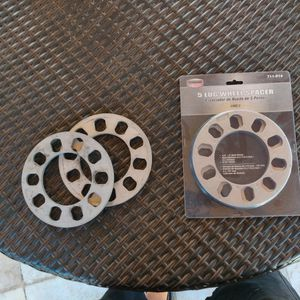 Wheel Spacers 8mm 5*114 for Sale in Miami, FL