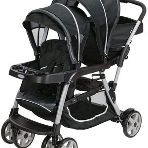 Double Stroller for Sale in Lawrence, MA