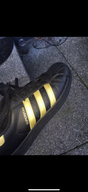 Black and gold superstars for Sale in Bothell, WA