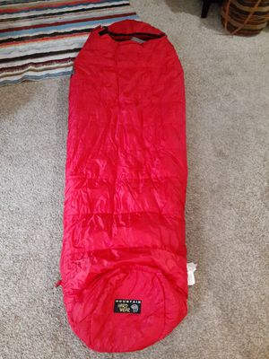 Mountain Hardwear sleeping bag for Sale in Bellevue, WA